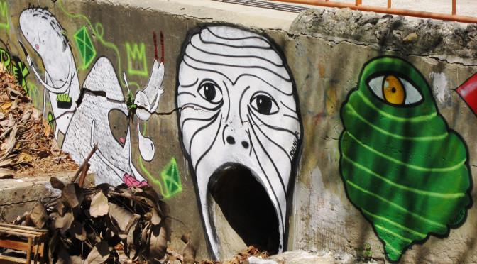 Boca, alcantarilla, momia, graffiti, Barranquilla